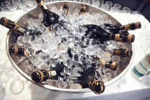 champagne bellini peche cocktail